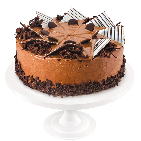 A masterpiece of confectionery art, a combination of delicate white sponge cake and chocolate sponge cake soaked in syrup with cognac and layered with Charlotte cream spiced with chicory and raisins. The cake is covered with mirror glaze and decorated in the best European traditions.